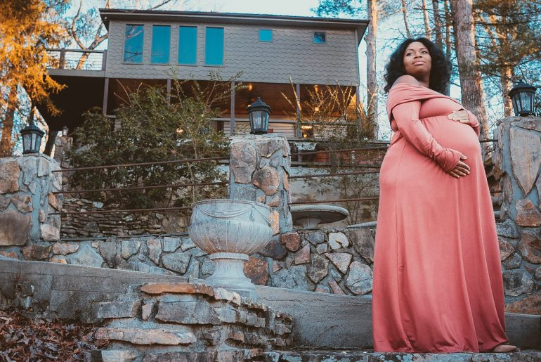 Maternity Shoot by Hindsight Photography Jan 2019